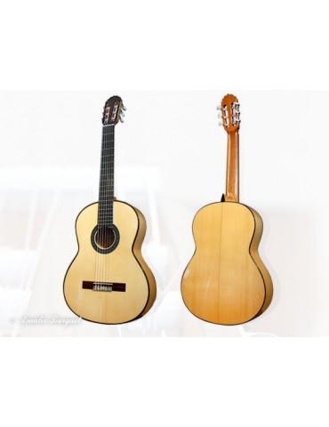 BURGUET 1F Guitarra Flamenco, tapa abeto alemán. Aros y fondo Ciprés
