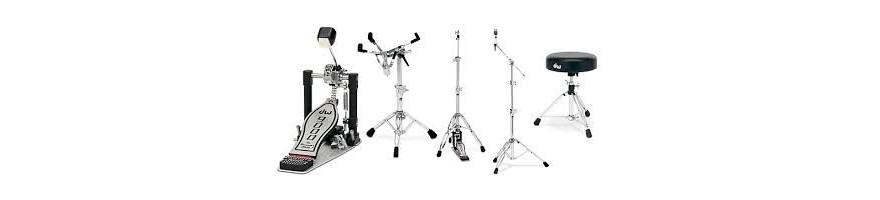 soportes,  pies, pedales, herrajes de bateria